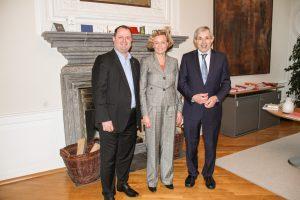 Klaus Kaiser, Parlamentarischer Staatssekretär im NRW-Ministerium für Kultur und Wissenschaft, informierte sich über den Landesverband Lippe
