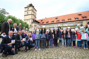 Hermännchen auf Schloss Brake – Neues Abenteuer an lippische Grundschüler verteilt