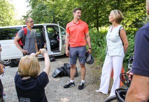 """WDR mit Fernsehsendung """"Wunderschön"""" an den Externsteinen zu Gast"""